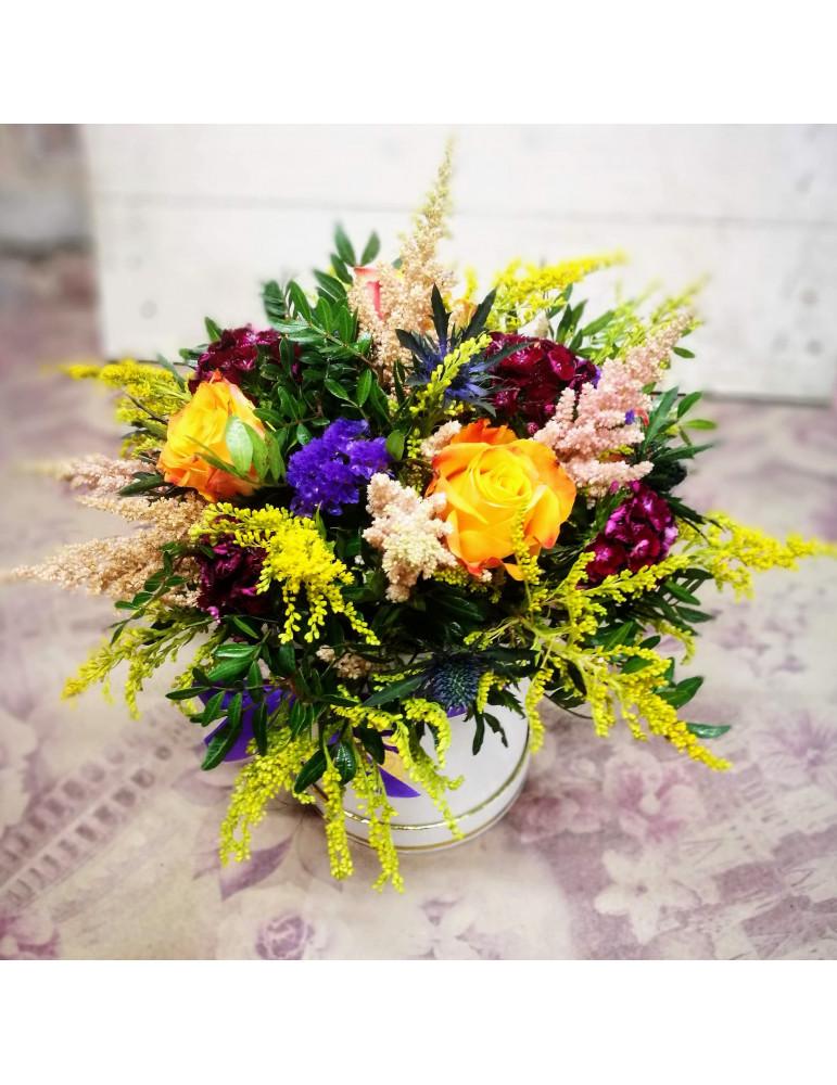 Ziedi  kārbā