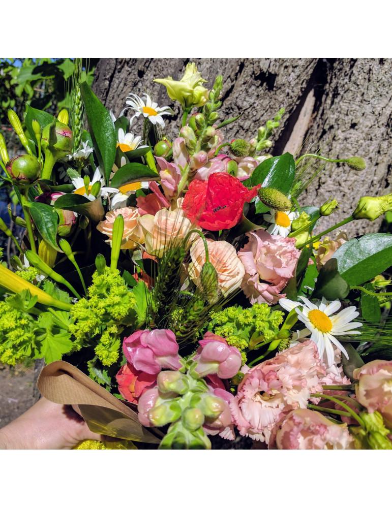 Vasaras ziedu pušķis