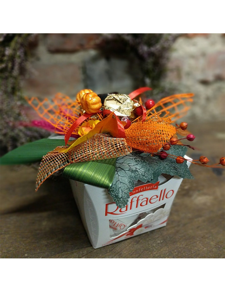 Коробка Raffaello с цветами